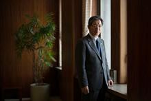 北都銀行頭取の斉藤永吉さん。「地域のリスクは、我々がとる。そうでなければ、地方銀行の生きる道はありません」。